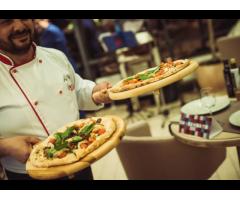 Требуются сушисты и пиццеры